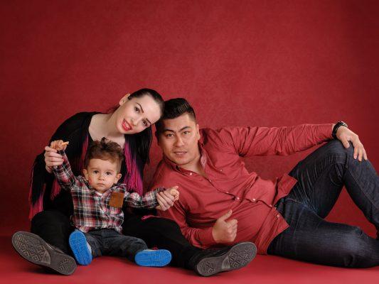 fotografii-de-familie-in-studio